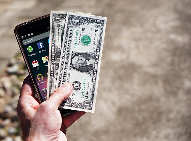 Hogyan (nem) lehet pénzt keresni online? - magyarosan.hu