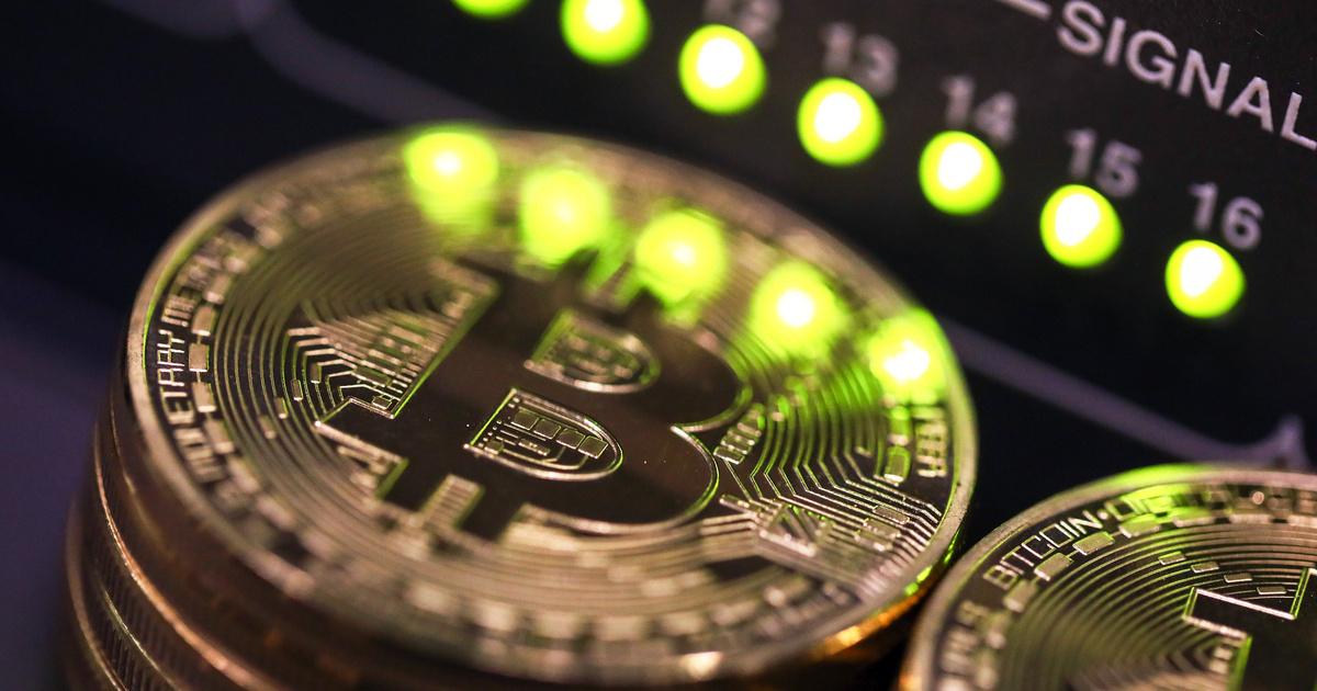 lopott bitcoinokat, mit tegyen pénzt kereső projektek megnyitása az interneten